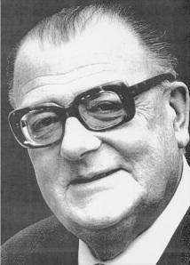 Stefan Żółkiewski (1911-1991)